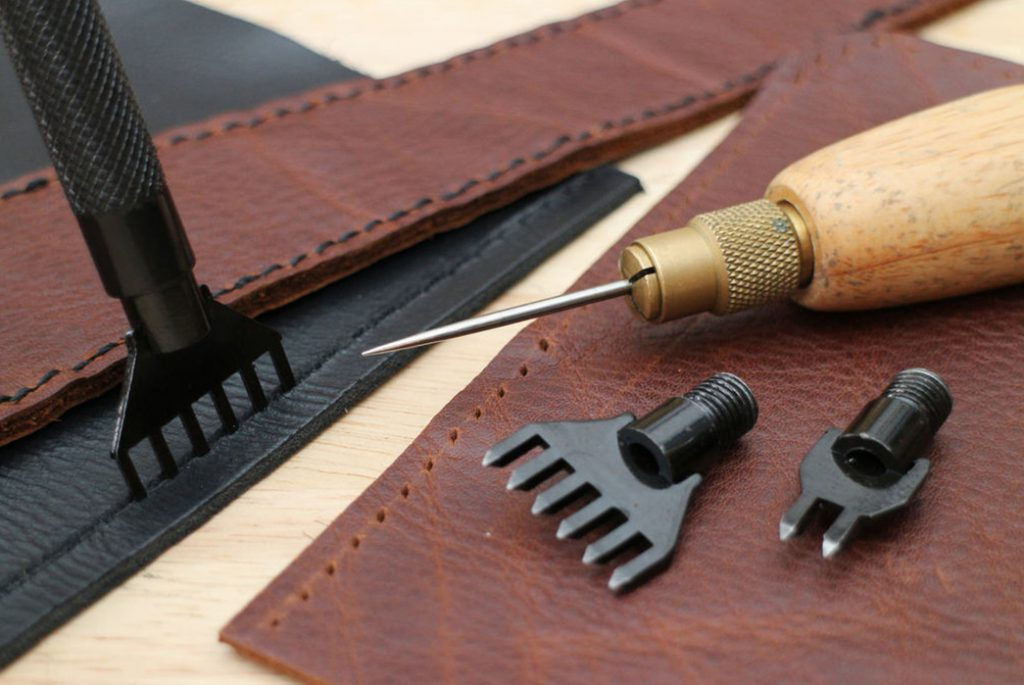 LEATHERWORKING – Making a Leather Bag