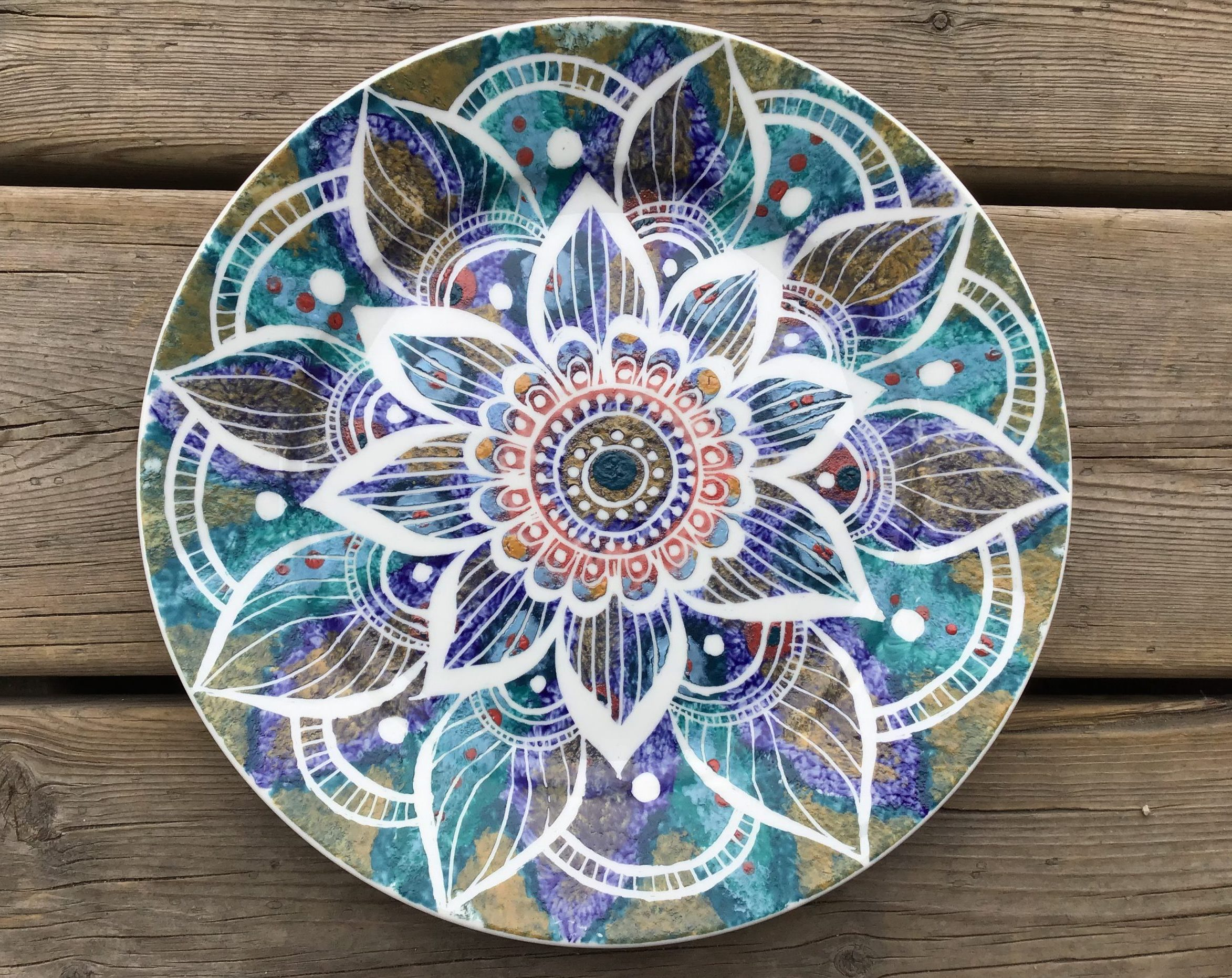 """10"""" plate colourfully decorated with a mandala pattern"""